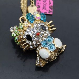 BETSEY JOHNSON CAT NECKLACE